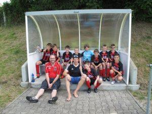Unser Team aus E2- und E3-Spielern beim Turnier in Heretsried.